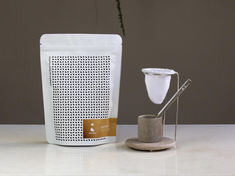 Coffeeandjoy kit de cafe com coador de pano