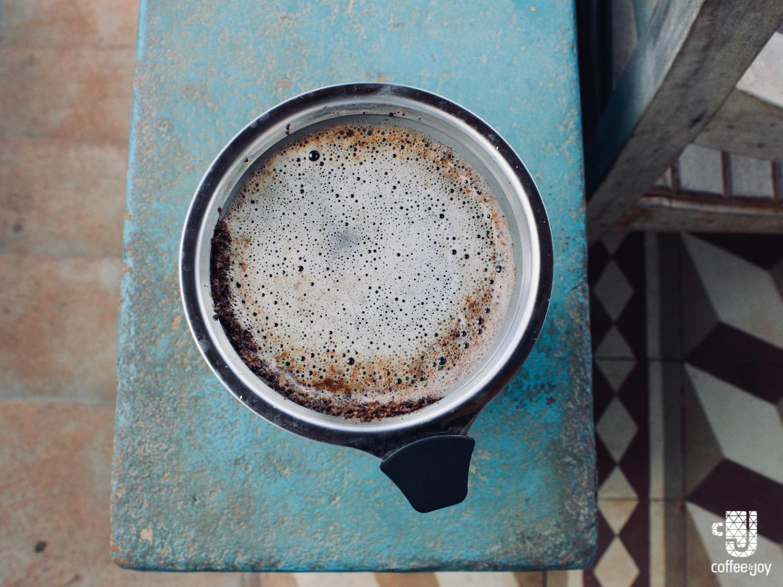 Coffeeandjoy como usar coador bialetti