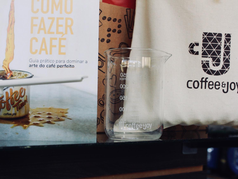 Coffeeandjoy kit pai barista cafe.jpg