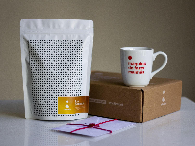 Coffeeandjoy kit cafe com caneca